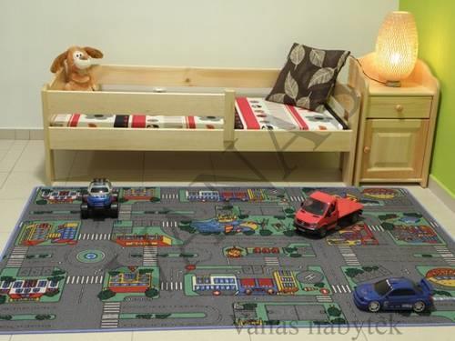 dětská postel z masivu borovice se zábranou na rozměr 70x160cm